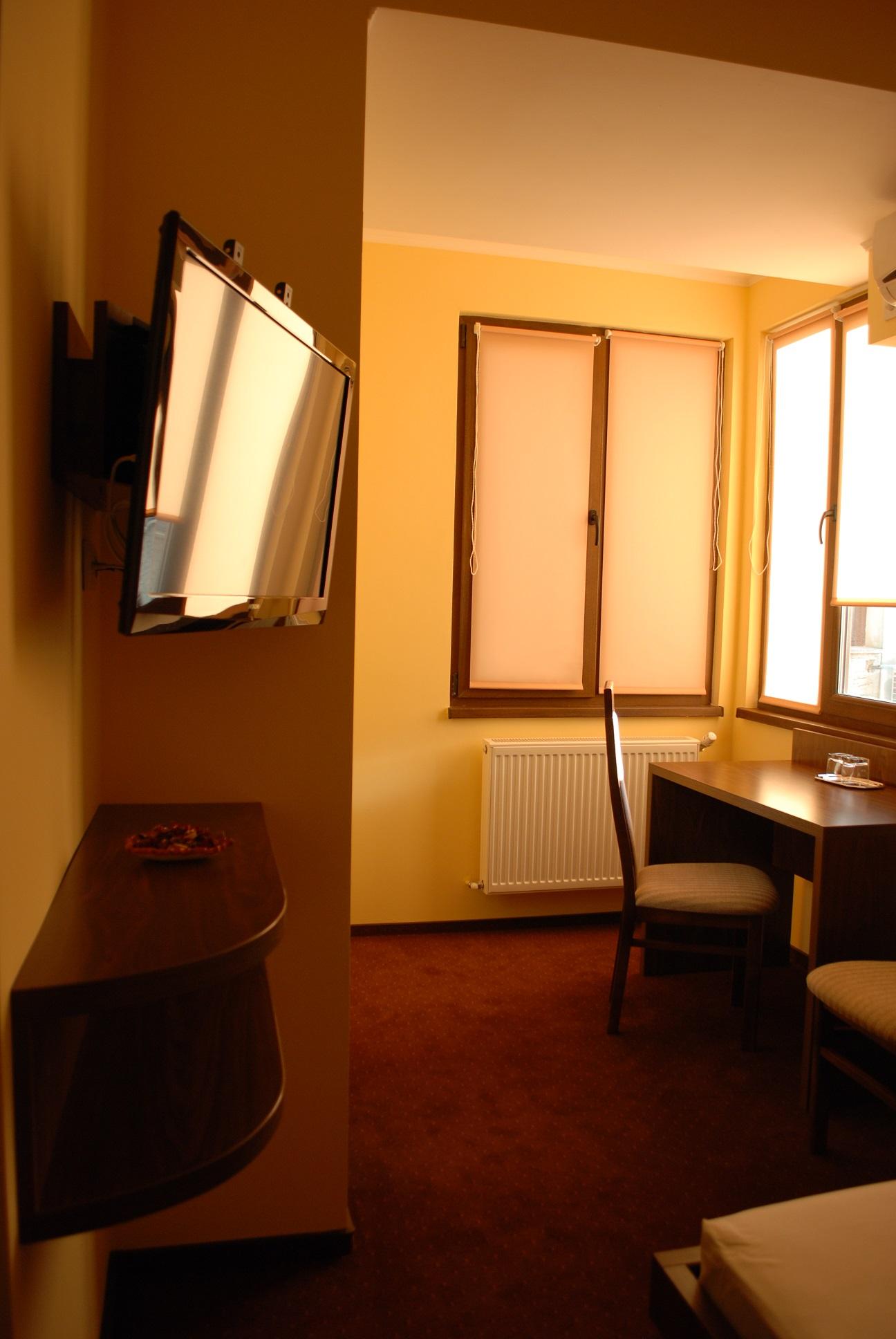 Single Room [2]