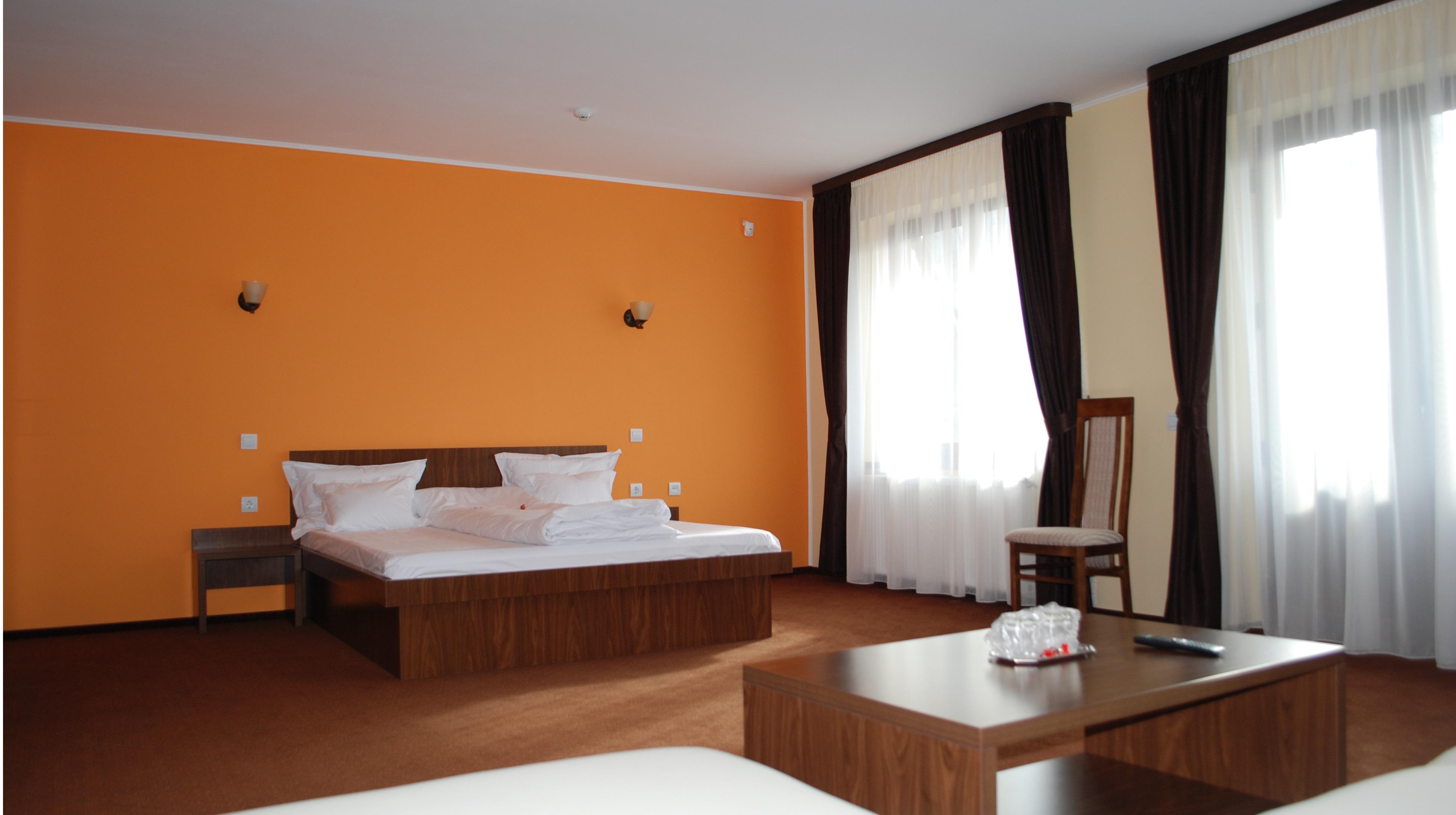 Apartment [1]